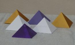 Dřevěné pyramidky